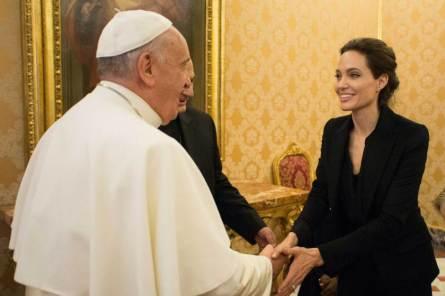 TOPSHOTS-VATICAN-POPE-CINEMA-JOLIE