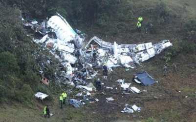 crash-site-colombia_foreign_1-large_transdededsifil4jmjaxpgpd5kxqkm4rklcappyq5xdlz-a
